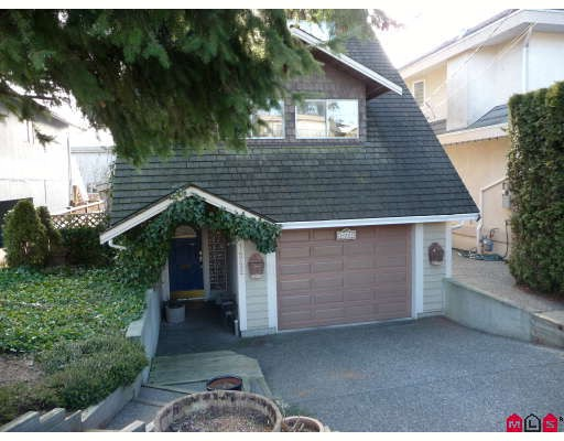 Main Photo: 14722 GOGGS Avenue in White_Rock: White Rock House for sale (South Surrey White Rock)  : MLS® # F2902071