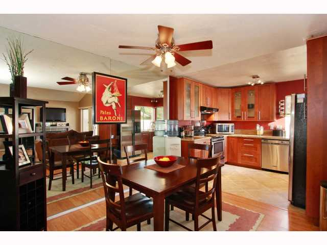 Main Photo: RANCHO BERNARDO Townhome for sale : 3 bedrooms : 17513 CAMINITO CANASTO in San Diego