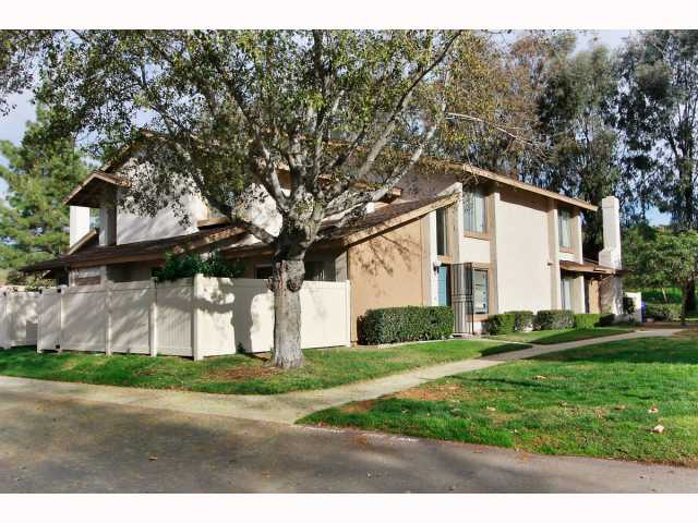 Photo 16: RANCHO BERNARDO Townhome for sale : 3 bedrooms : 17513 CAMINITO CANASTO in San Diego