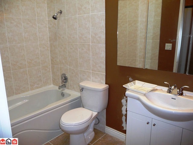 Photo 6: 32634 ROSSLAND Place in Abbotsford: Abbotsford West House for sale : MLS(r) # F1019534