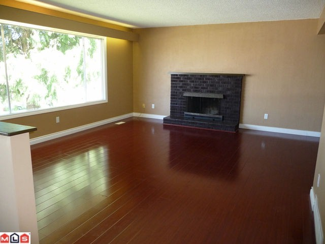 Photo 3: 32634 ROSSLAND Place in Abbotsford: Abbotsford West House for sale : MLS(r) # F1019534