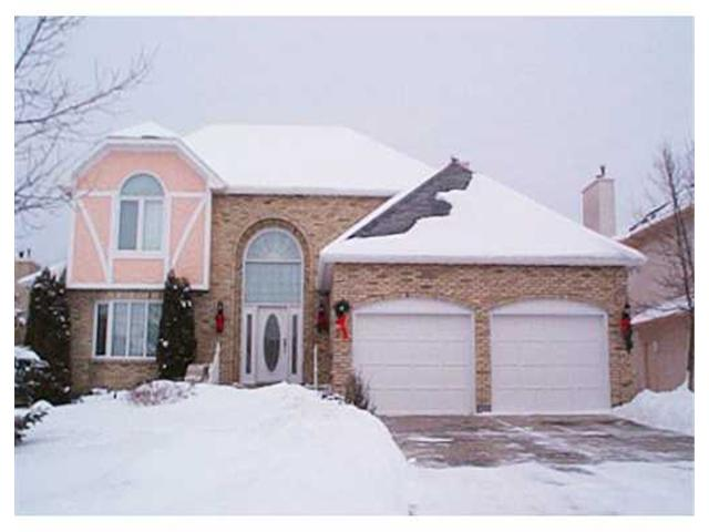 Main Photo: 35 MORNING GLORY Crescent in WINNIPEG: Windsor Park / Southdale / Island Lakes Residential for sale (South East Winnipeg)  : MLS®# 2201065