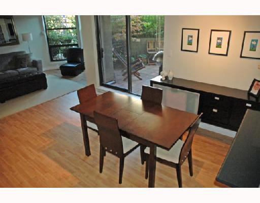 "Photo 3: 211 1106 PACIFIC Street in Vancouver: West End VW Condo for sale in ""WESTGATE LANDING"" (Vancouver West)  : MLS® # V755168"