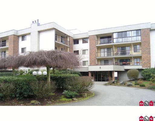 "Main Photo: 1119 45650 MCINTOSH Drive in Chilliwack: Chilliwack W Young-Well Condo for sale in ""PHOENIXDALE"" : MLS®# H2901929"