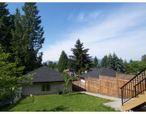 Photo 9: 2161 PITT RIVER Road in Port_Coquitlam: Central Pt Coquitlam House for sale (Port Coquitlam)  : MLS(r) # V768687