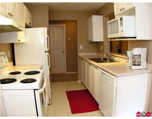 "Photo 2: 105 3172 GLADWIN Road in Abbotsford: Central Abbotsford Condo for sale in ""REGENCY PARK"" : MLS(r) # F2907337"