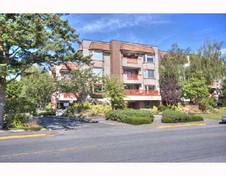 "Main Photo: 306 7511 MINORU Boulevard in Richmond: Brighouse South Condo for sale in ""CYPRESS POINT"" : MLS®# V725088"