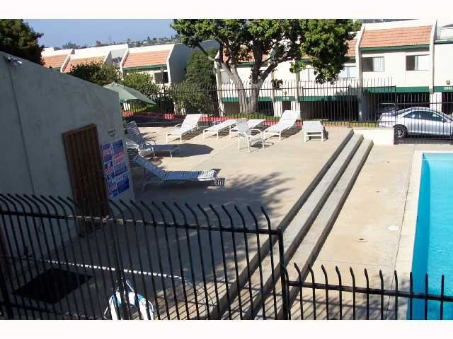Photo 12: CLAIREMONT Condo for sale : 2 bedrooms : 3089 Cowley #31 in San Diego