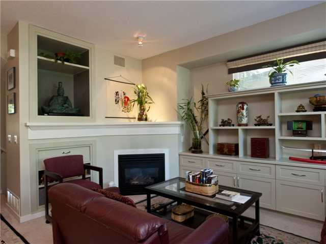 "Photo 6: 6 8415 CUMBERLAND Place in Burnaby: The Crest Townhouse for sale in ""ASHCOMBE"" (Burnaby East)  : MLS® # V843718"