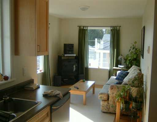 "Photo 7: 6349 WILLIAMS PL in Sechelt: Sechelt District House for sale in ""CASCADE PLACE"" (Sunshine Coast)  : MLS® # V579258"
