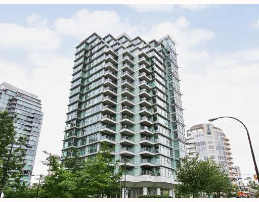 "Main Photo: 303 1790 BAYSHORE Drive in Vancouver: Coal Harbour Condo for sale in ""BAYSHORE GARDENS"" (Vancouver West)  : MLS® # V731015"