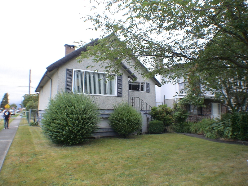 Main Photo: 4303 GEORGIA Street in Burnaby: Willingdon Heights House for sale (Burnaby North)  : MLS® # V776554