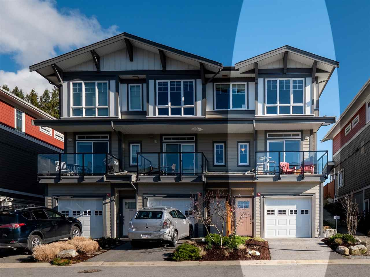 FEATURED LISTING: 5978 OLDMILL Lane Sechelt