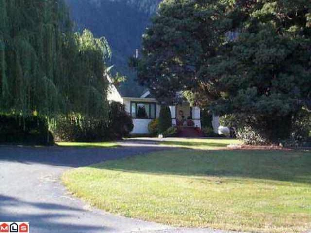 Photo 9: 39963 N PARALLEL Road in Abbotsford: Sumas Mountain House for sale : MLS® # F1011208