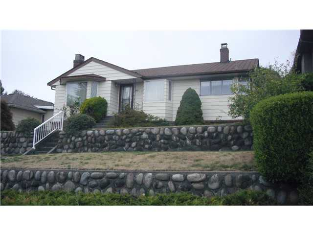 "Main Photo: 105 E DURHAM Street in New Westminster: The Heights NW House for sale in ""THE HEIGHTS"" : MLS®# V849930"
