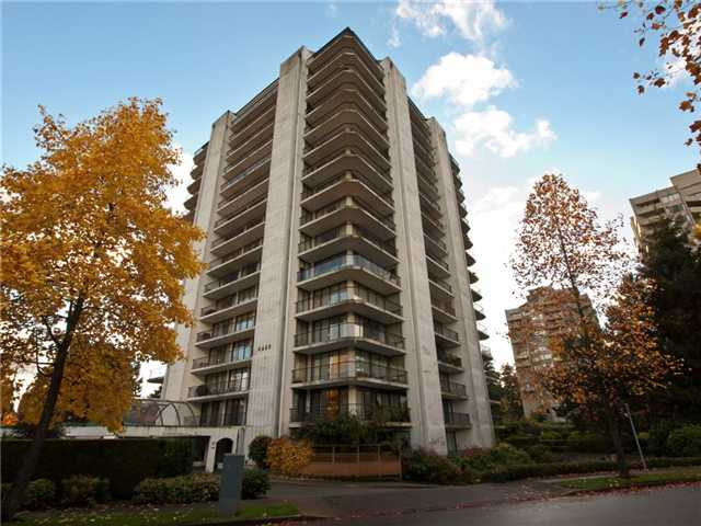 "Main Photo: 1605 6455 WILLINGDON Avenue in Burnaby: Metrotown Condo for sale in ""PARKSIDE MANOR"" (Burnaby South)  : MLS®# V857993"