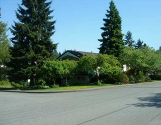 Main Photo: 2142 ST ANDREWS AV in North Vancouver: Central Lonsdale House for sale : MLS(r) # V592518