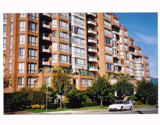 "Main Photo: 112 2201 PINE Street in Vancouver: Fairview VW Condo for sale in ""MERIDIAN COVE"" (Vancouver West)  : MLS®# V720979"
