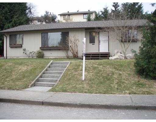 "Main Photo: 826 SHARPE Street in Coquitlam: Ranch Park House for sale in ""RANCH PARK"" : MLS(r) # V755561"