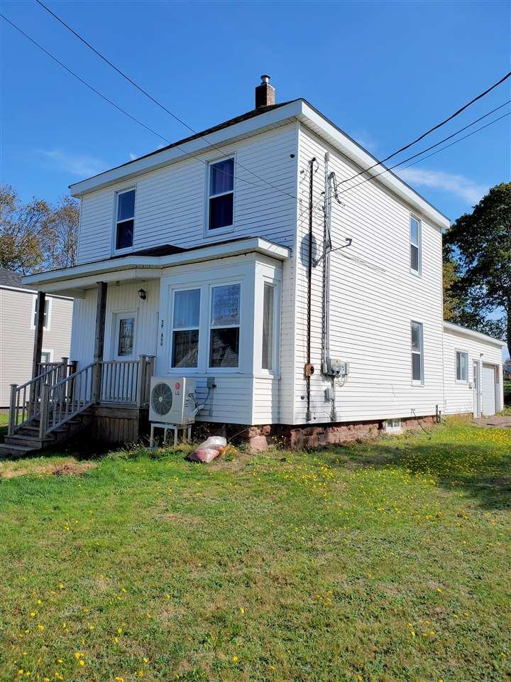 FEATURED LISTING: 62 west Pleasant Street Amherst