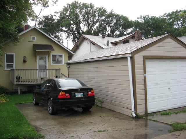 Photo 12: 123 NOBLE Avenue in WINNIPEG: East Kildonan Residential for sale (North East Winnipeg)  : MLS(r) # 1017255
