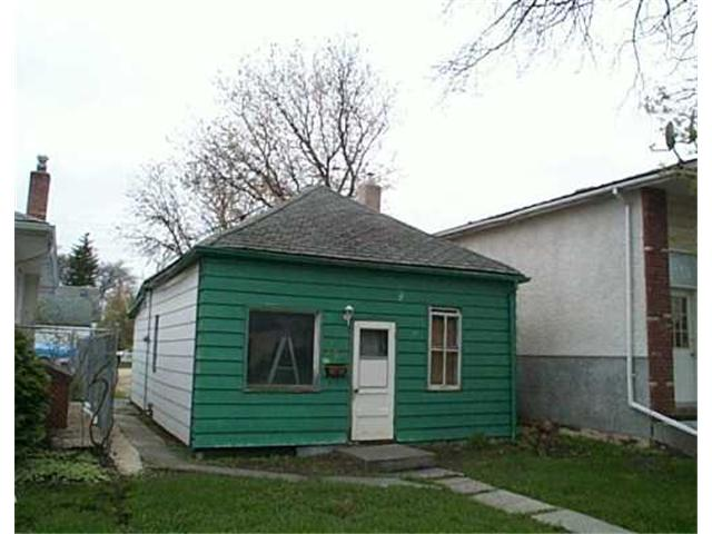 Main Photo: 572 MATHESON Avenue in WINNIPEG: West Kildonan / Garden City Residential for sale (North West Winnipeg)  : MLS® # 2506979
