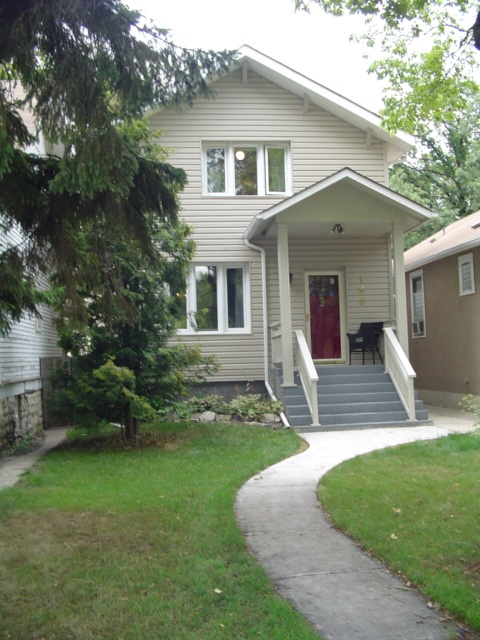 Main Photo: 188 CAMPBELL Street: Winnipeg Single Family Detached for sale (1c)  : MLS® #  2614487