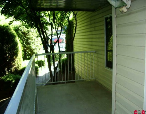 "Photo 6: 113 2130 MCKENZIE Road in Abbotsford: Central Abbotsford Condo for sale in ""MCKENZIE PLACE"" : MLS(r) # F2923720"