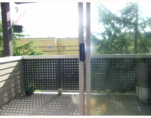 Photo 9: Photos: 301 570 E 8TH Avenue in Vancouver: Mount Pleasant VE Condo for sale (Vancouver East)  : MLS(r) # V812547