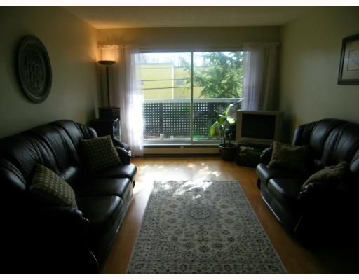 Photo 4: Photos: 301 570 E 8TH Avenue in Vancouver: Mount Pleasant VE Condo for sale (Vancouver East)  : MLS(r) # V812547