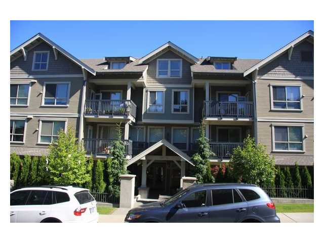 "Main Photo: 104 3895 SANDELL Street in Burnaby: Central Park BS Condo for sale in ""CLARKE HOUSE"" (Burnaby South)  : MLS® # V838903"
