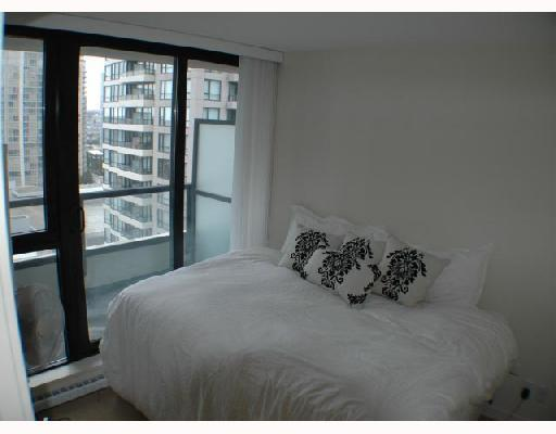 Photo 3: 1207 928 HOMER Street in Vancouver: Downtown VW Condo for sale (Vancouver West)  : MLS(r) # V723773