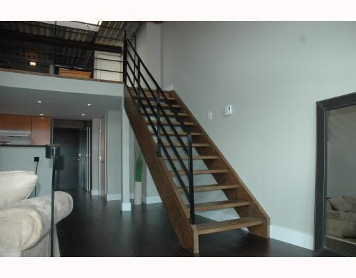 "Photo 4: 408 338 W 8TH Avenue in Vancouver: Mount Pleasant VW Condo for sale in ""LOFT 338"" (Vancouver West)  : MLS(r) # V770908"