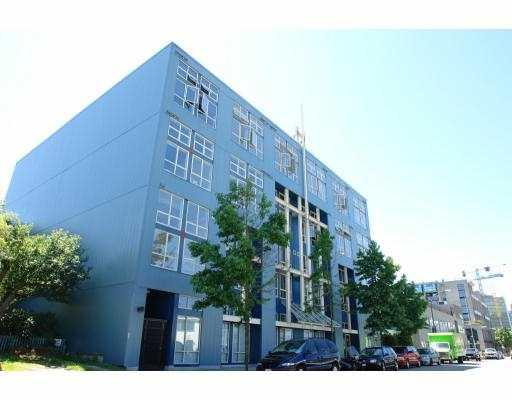 "Main Photo: 408 338 W 8TH Avenue in Vancouver: Mount Pleasant VW Condo for sale in ""LOFT 338"" (Vancouver West)  : MLS(r) # V770908"