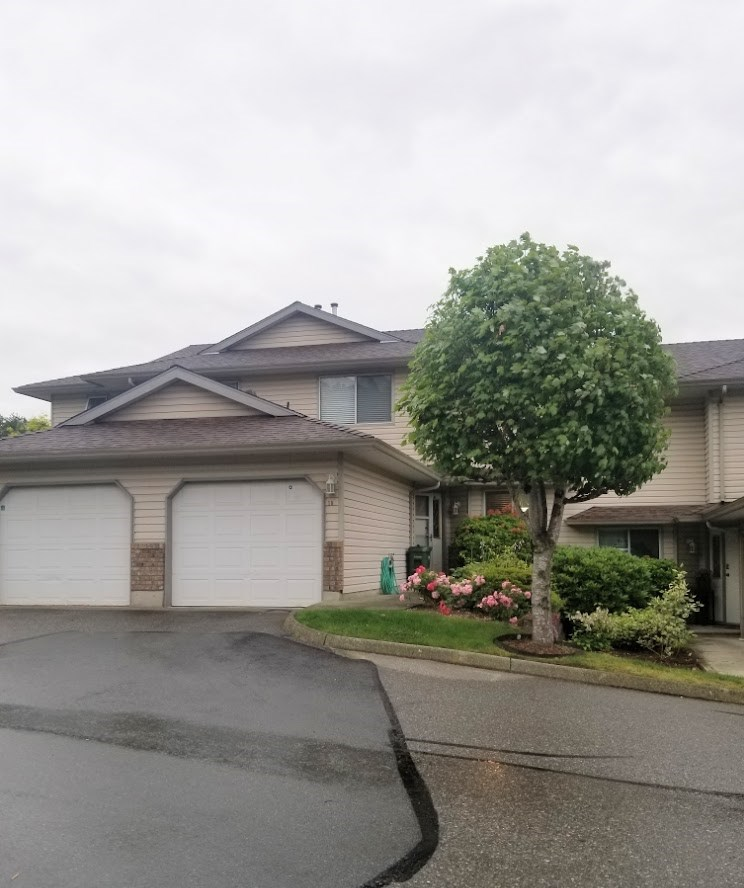 FEATURED LISTING: 10 - 2023 WINFIELD Drive Abbotsford