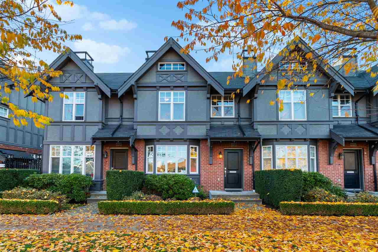 FEATURED LISTING: 5591 WILLOW Street Vancouver