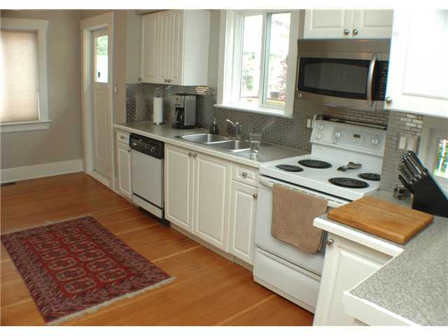 Photo 4: 1181 E 22ND Avenue in Vancouver: Knight House for sale (Vancouver East)  : MLS(r) # V838003