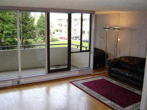 "Photo 4: 103 5645 BARKER AV in Burnaby: Central Park BS Condo for sale in ""CENTRAL PARK PLACE"" (Burnaby South)  : MLS® # V534812"