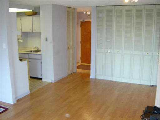 "Photo 3: 103 5645 BARKER AV in Burnaby: Central Park BS Condo for sale in ""CENTRAL PARK PLACE"" (Burnaby South)  : MLS® # V534812"