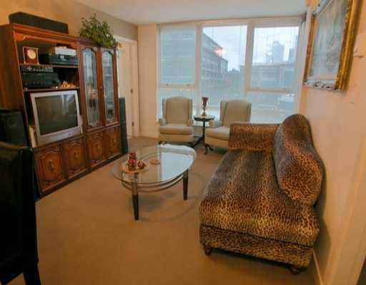 "Main Photo: 939 EXPO Blvd in Vancouver: Downtown VW Condo for sale in ""THE MAX II"" (Vancouver West)  : MLS®# V627374"