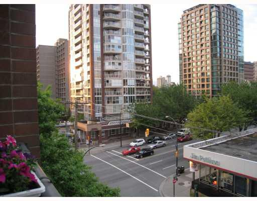 "Photo 8: 608 950 DRAKE Street in Vancouver: Downtown VW Condo for sale in ""ANCHOR POINT II"" (Vancouver West)  : MLS(r) # V771024"