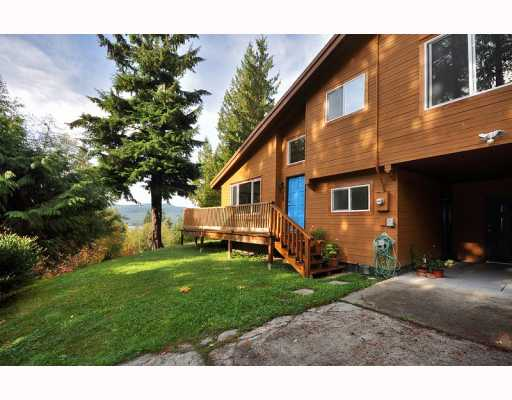 "Main Photo: 5640 CARMEL Place in Sechelt: Sechelt District House for sale in ""TUWANEK"" (Sunshine Coast)  : MLS(r) # V780146"
