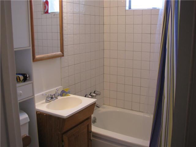 Photo 11: EL CAJON House for sale : 3 bedrooms : 255 Garden Grove