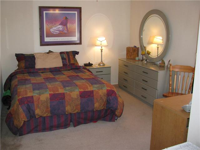 Photo 9: EL CAJON House for sale : 3 bedrooms : 255 Garden Grove