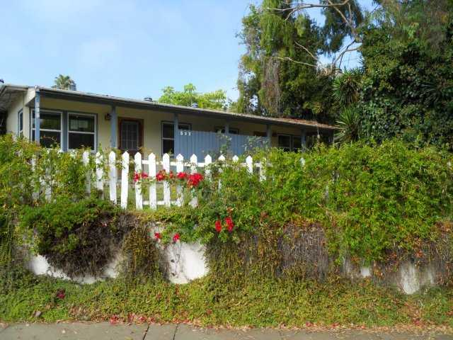 Main Photo: OCEANSIDE Property for sale: 515-517 Grant
