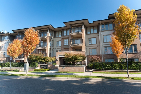 "Main Photo: 305 2388 WESTERN Parkway in Vancouver: University VW Condo for sale in ""WESTCOTT COMMONS"" (Vancouver West)  : MLS®# V856331"