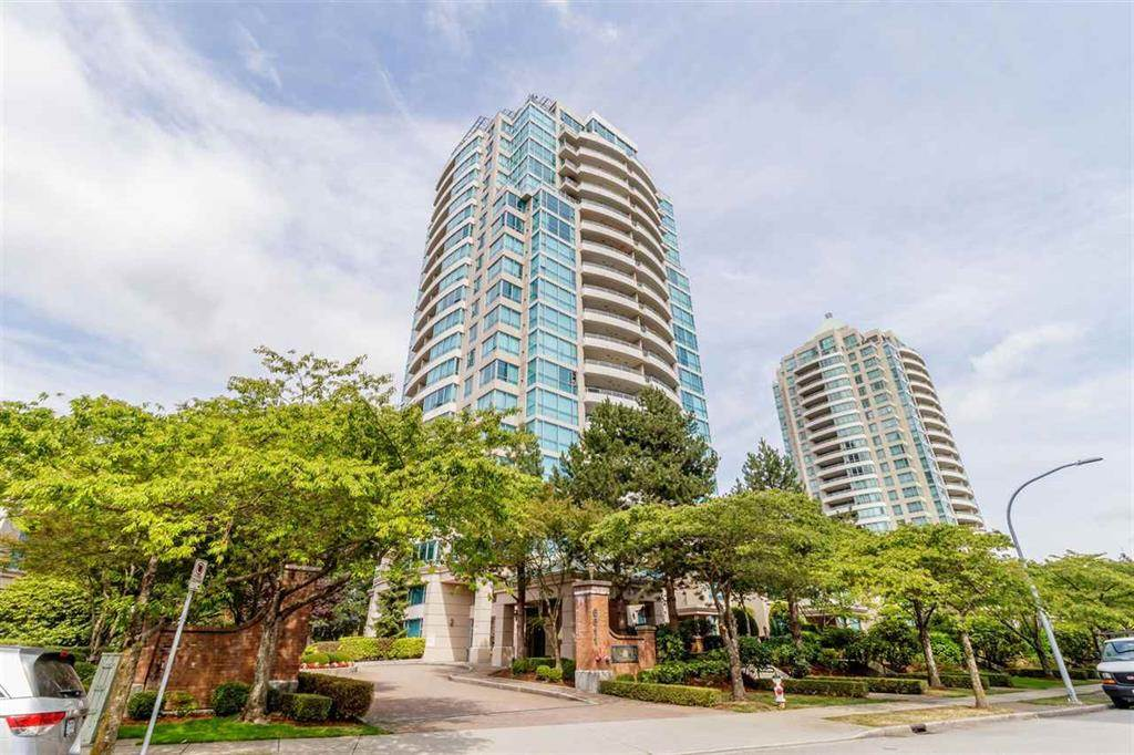 FEATURED LISTING: 1303 - 6611 SOUTHOAKS Crescent Burnaby