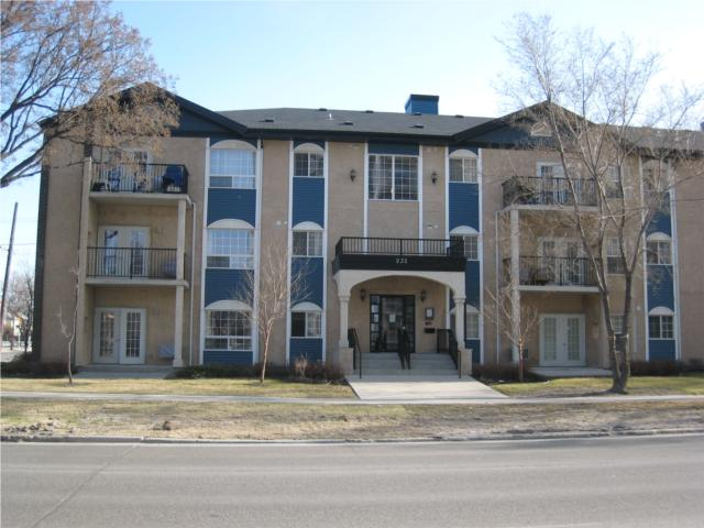 Main Photo: 232 GOULET Street in WINNIPEG: St Boniface Condominium for sale (South East Winnipeg)  : MLS® # 1011755