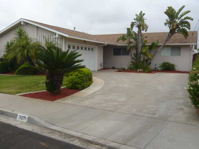 Main Photo: CLAIREMONT House for sale : 4 bedrooms : 3271 Mount Aachen in San Diego