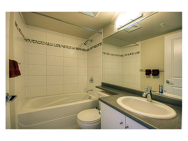 Photo 8: 1102 814 ROYAL Avenue in New Westminster: Downtown NW Condo for sale : MLS(r) # V849770